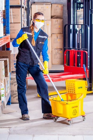 commercial cleaning in manchester